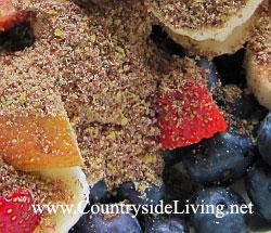 Льняное семя - отличная естественная пищевая добавка. Содержит жирные кислоты Омега-3, Омега-6 и Омега-9, белки и пищевую клетчатку